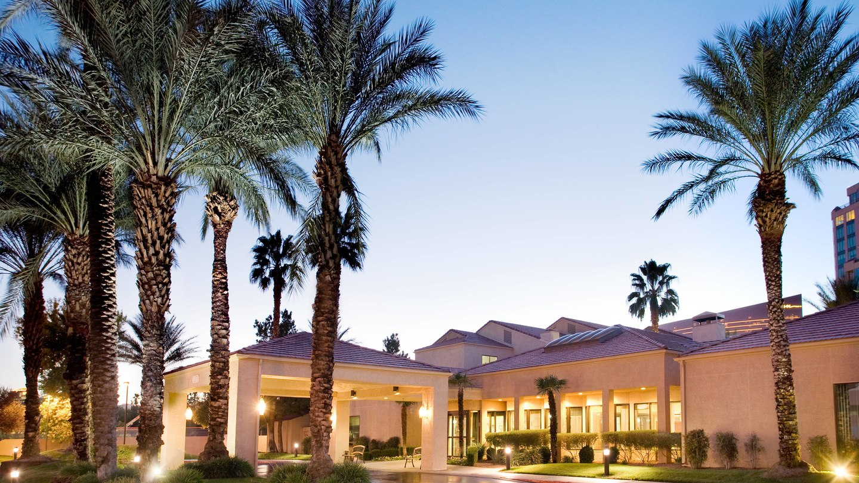 Courtyard Las Vegas Conventions Center